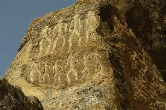戈布斯坦石雕壁畫