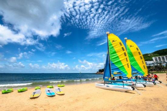 (自費)暢玩浮潛、摩托艇、帆船及香蕉船等