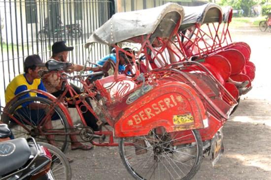 人力三輪車暢遊日惹市集