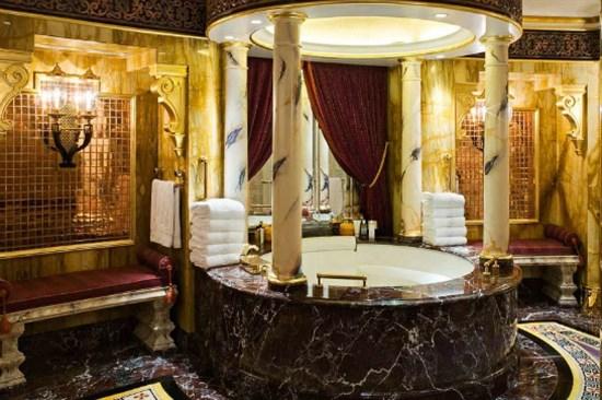 杜拜帆船酒店Burj Al Arab