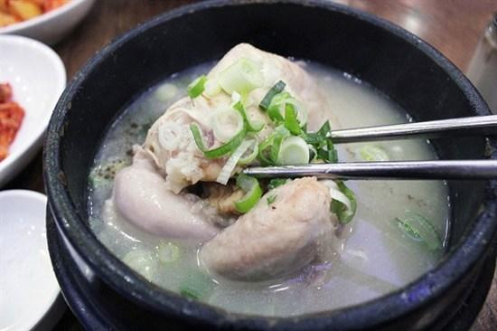 百年蔘雞湯