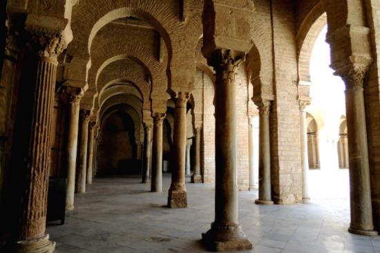 奧克巴大清真寺