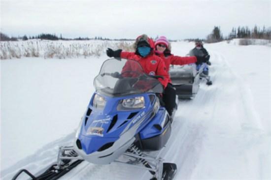 雪上電單車