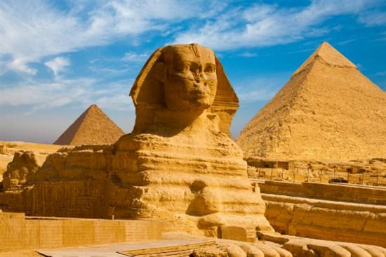 獅身人面像及金字塔