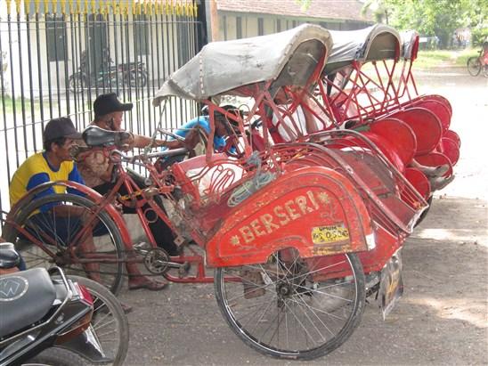 人力三輪車