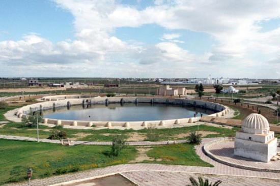 阿格拉比特儲水池