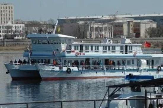黑河-客船