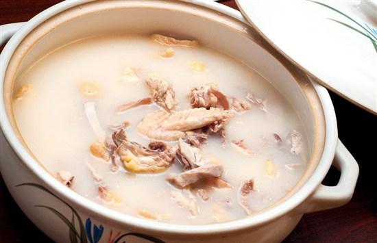 濃湯暖胃豬肚雞宴