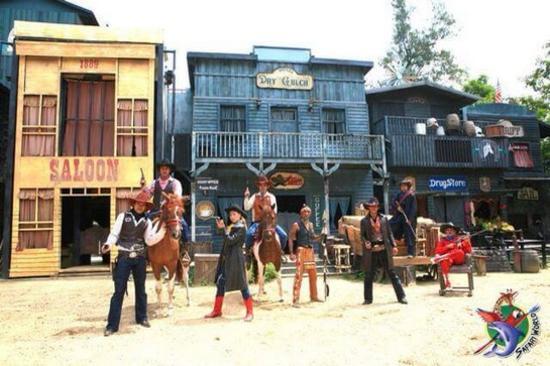 野生動物園 Safari World Bangkok_美國西部牛仔表演