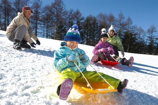 白樺湖池平溫泉滑雪度假酒店
