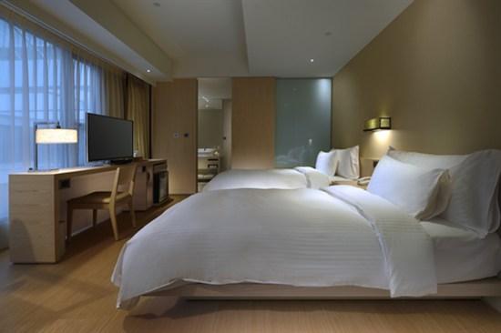 知本金聯世紀溫泉酒店