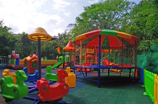 室外兒童樂園