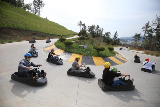 SYYLINE LUGE斜坡滑車