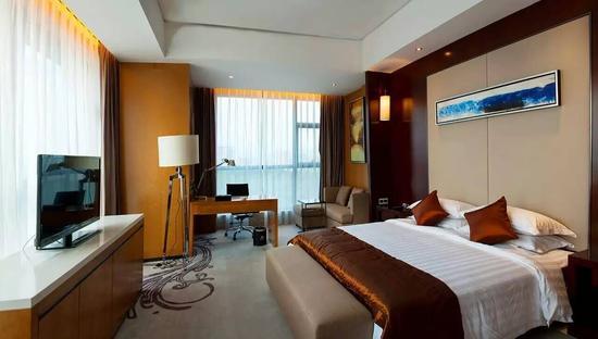 伊士高酒店