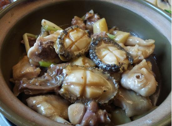 名廚鮑魚燜雞宴