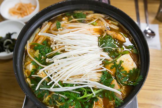 百年屋養生豆腐料理